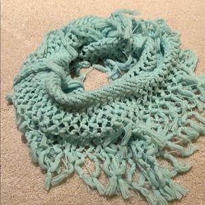 American Eagle winter scarf
